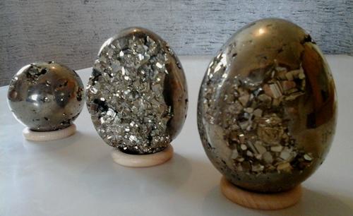 Pyrite oeuf boule pierre alchimique